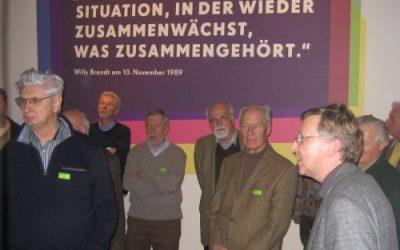 """Exklusivführung durch die Sonderausstellung """"Jetzt wächst zusammen, was zusammen gehört!"""" im Museum für Kommunikation Berlin"""
