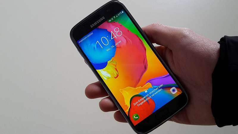 AUSGEBUCHT! Neue Medien 55plus: Lernen Sie das Smartphone kennen! – Einführung