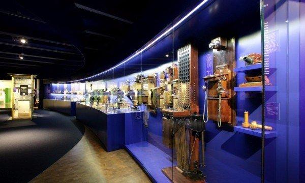 Führung: Vom Flüstern zu Facebook – Lernen Sie das Museum kennen!
